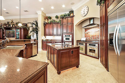 Luxury Estate Kissimmee Large Elegant Custom Kitchen